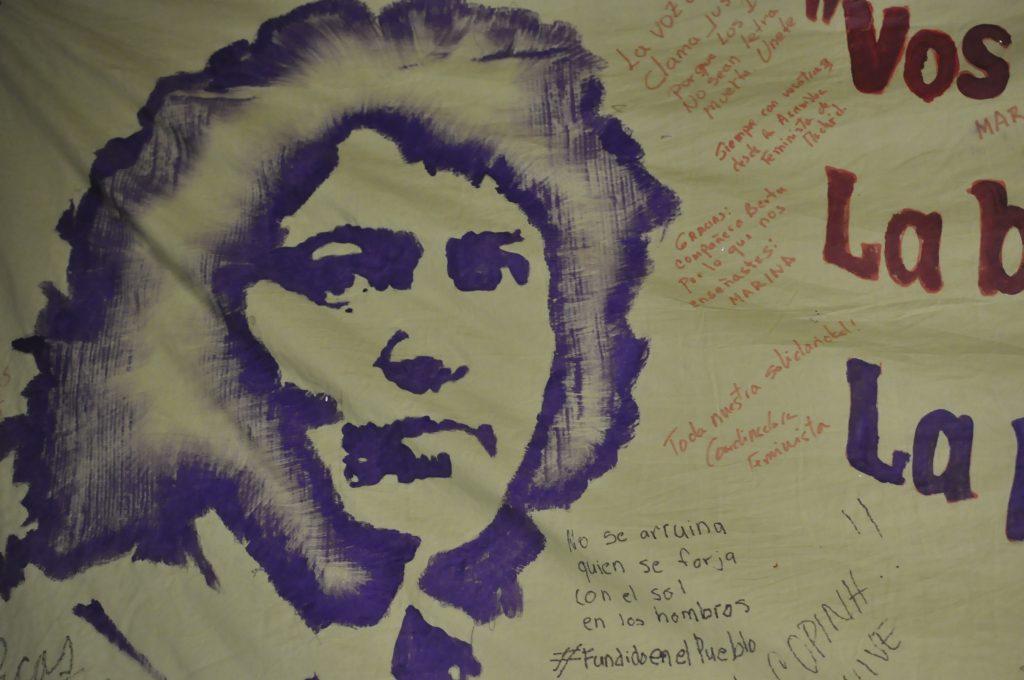 Ein Porträt von Berta Cáceres als Graffito in den Räumen ihrer Organisation COPINH, La Esperanza, Honduras - Foto: Alexandra Endres