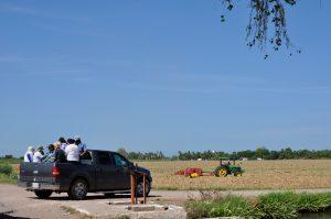 Die Rastreadoras auf dem Weg zum Gelände, das sie nach ihren Kindern absuchen werden.